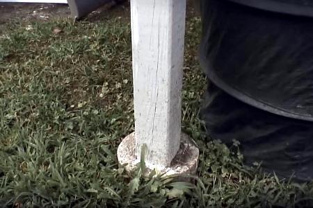 столбчатый деревянный фундамент недолговечен